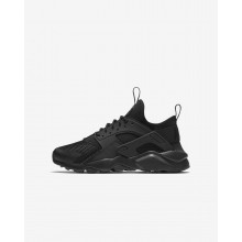 Nike Air Huarache Lifestyle Shoes For Boys Black (185XHMZD)