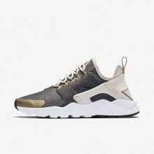 Nike Air Huarache Lifestyle Shoes Womens Light Orewood Brown/Blur/Black (536SGWBF)