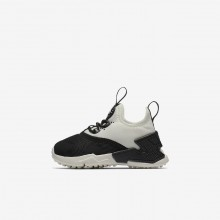 Nike Huarache Lifestyle Shoes For Girls Black/White/Sail (758WPENS)