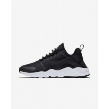 Nike Air Huarache Lifestyle Shoes Womens Black/White (760NTKCX)